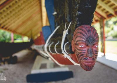 Tauihu, proue de canoë de guerre Maori