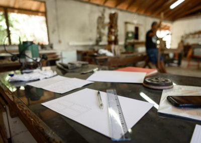 21. Sculpteur-dessinateur